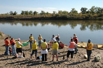 Paddling instructions on the South Saskatchewan River