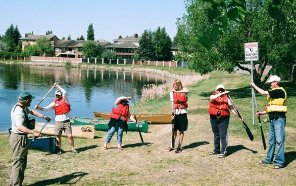 CanoeSki Learn to Canoe course in Saskatoon